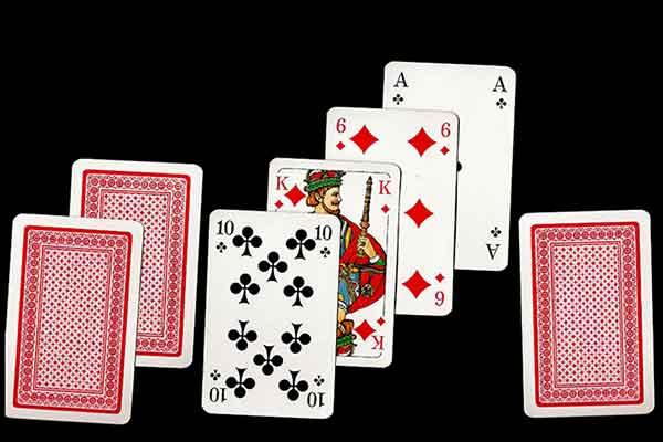 les règles du poker stud à 7 cartes